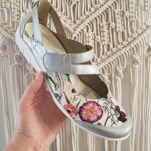 Remote 41 floral velcro strap leather Mary Janes